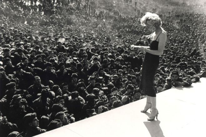 Мэрилин Монро в Корее. 1954